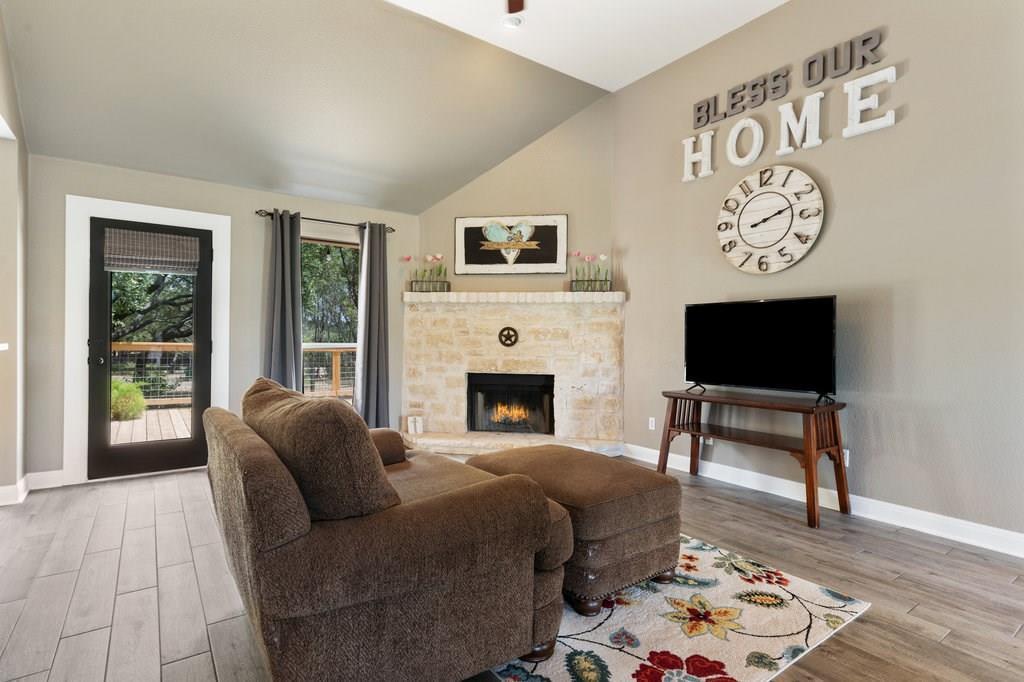 Sold Property | 10261 Twin Lake  Loop Dripping Springs, TX 78620 10
