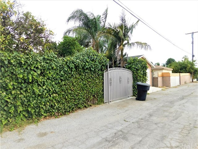 Closed | 1287 Claremont  Place Pomona, CA 91767 25