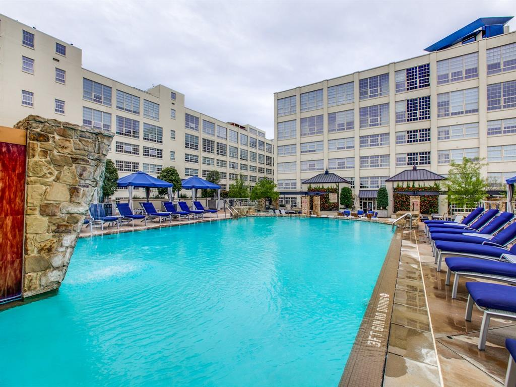 Active | 2600 W 7th Street #1421 Fort Worth, Texas 76107 24