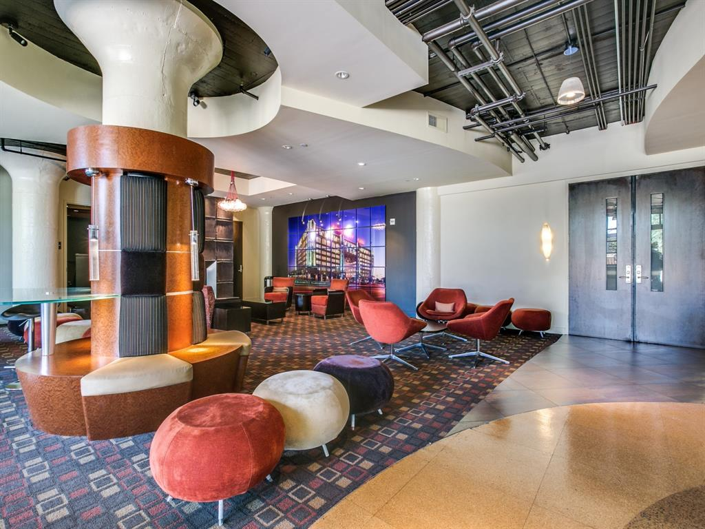 Active | 2600 W 7th Street #1421 Fort Worth, Texas 76107 27