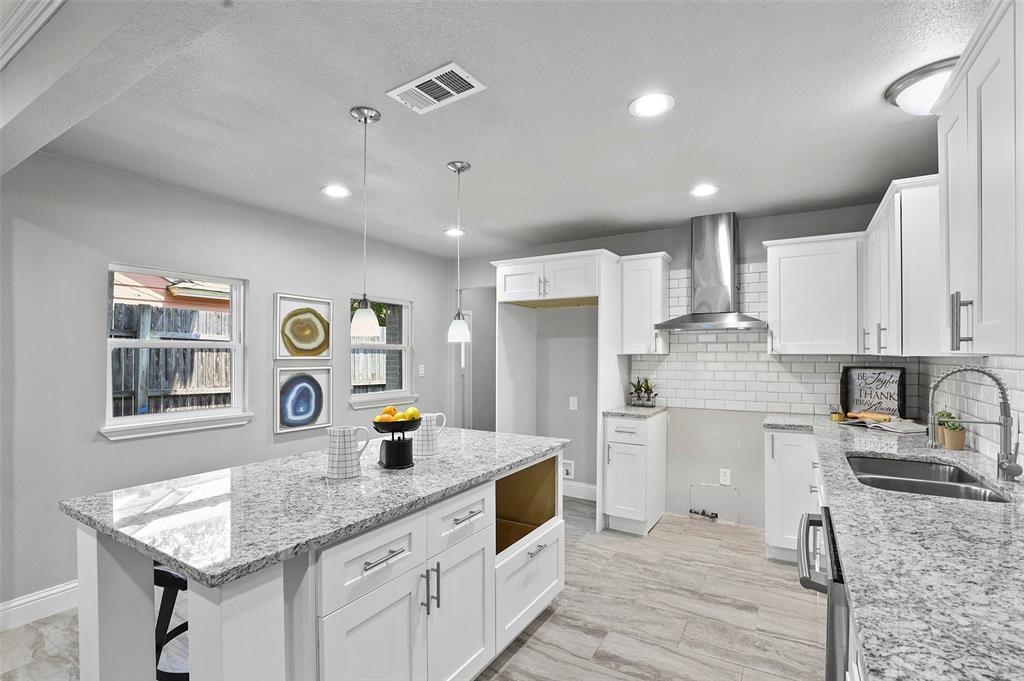 Dallas Real Estate | 814 Buckalew  Street Dallas, TX 75208 7