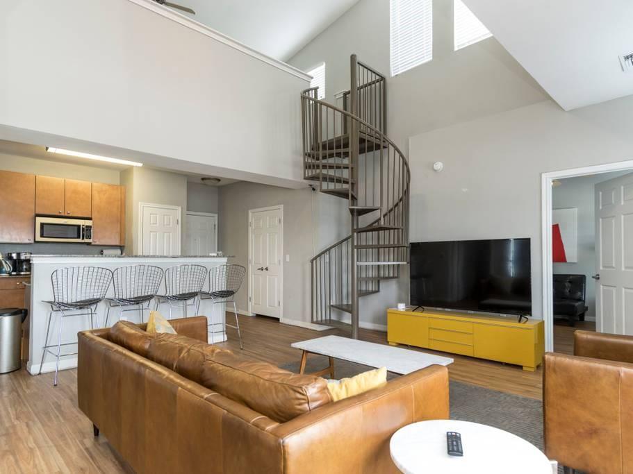 Sold Property   2502 Leon Street #500 Austin, TX 78705 2