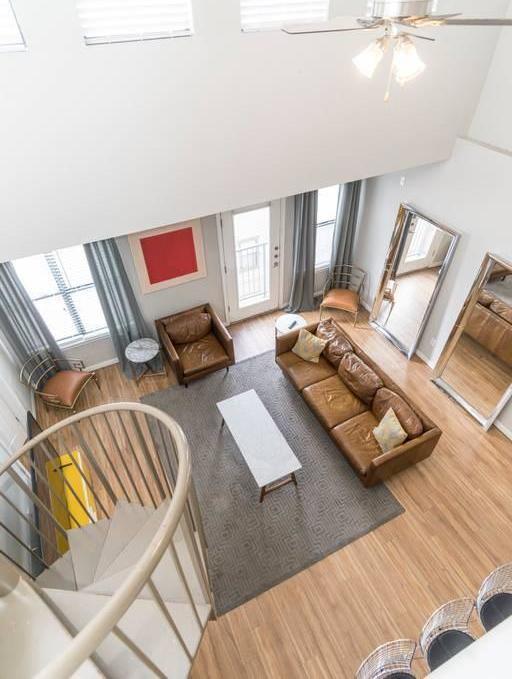 Sold Property   2502 Leon Street #500 Austin, TX 78705 3