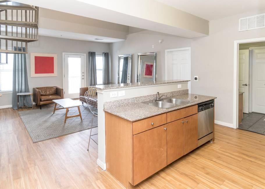 Sold Property   2502 Leon Street #500 Austin, TX 78705 4