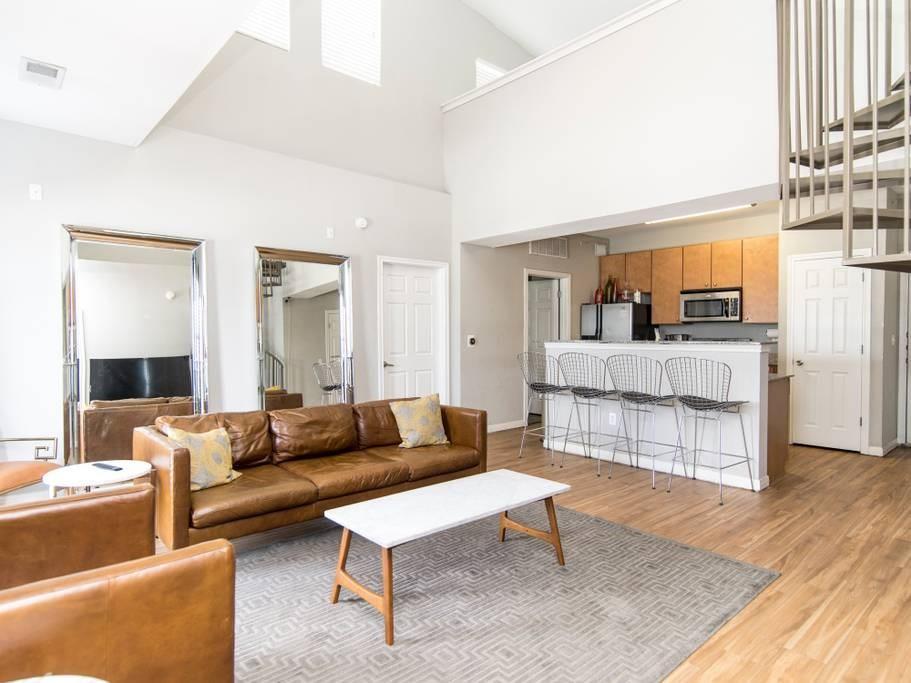 Sold Property   2502 Leon Street #500 Austin, TX 78705 6