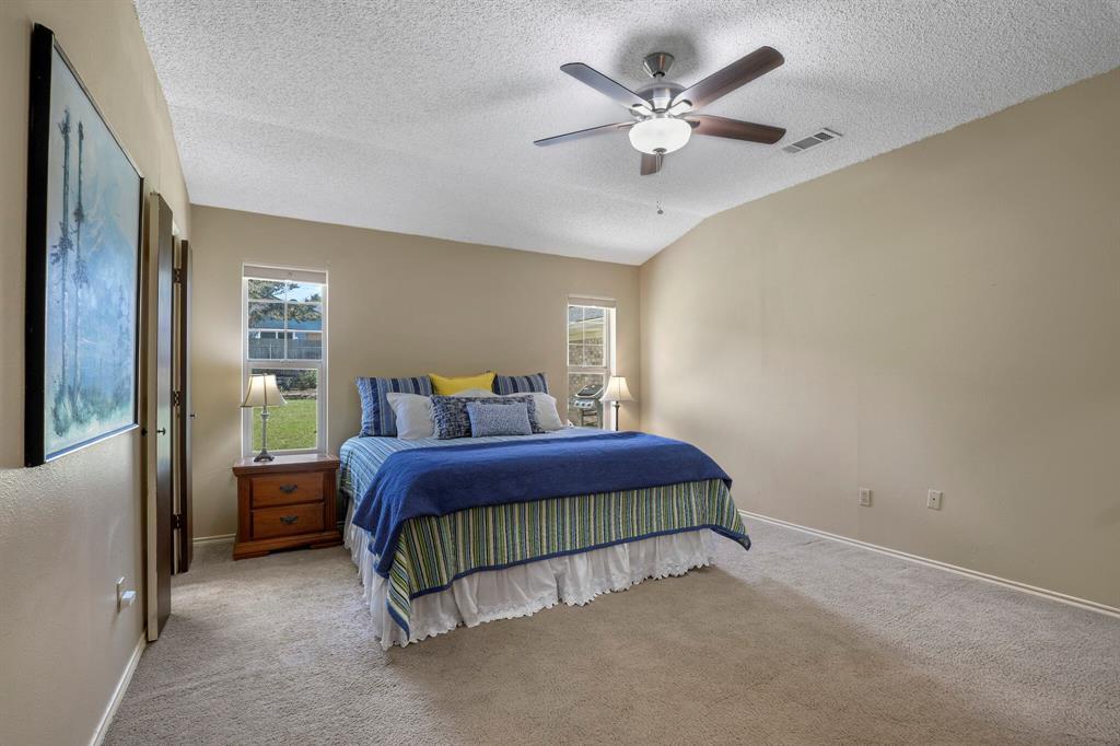 Sold Property | 1901 Wisteria Drive Grand Prairie, Texas 75050 18