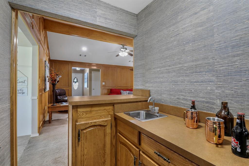 Sold Property | 1901 Wisteria Drive Grand Prairie, Texas 75050 20