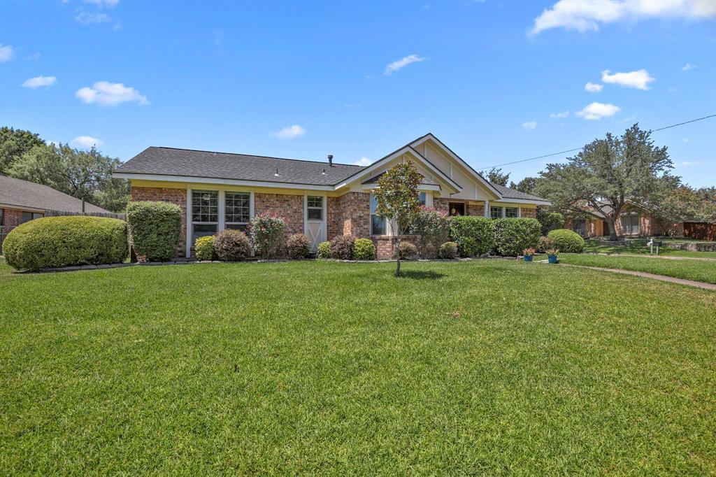 Sold Property | 1901 Wisteria Drive Grand Prairie, Texas 75050 31