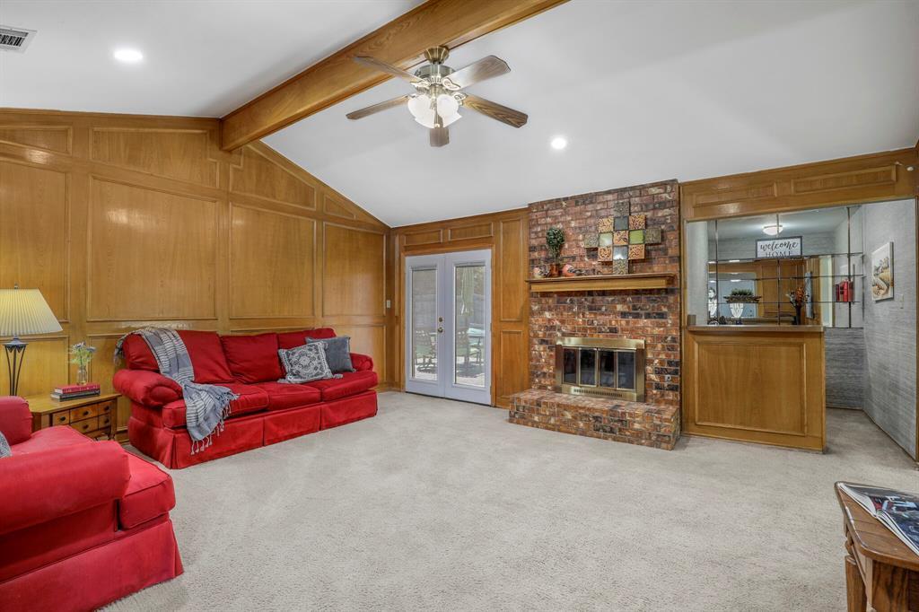 Sold Property | 1901 Wisteria Drive Grand Prairie, Texas 75050 10