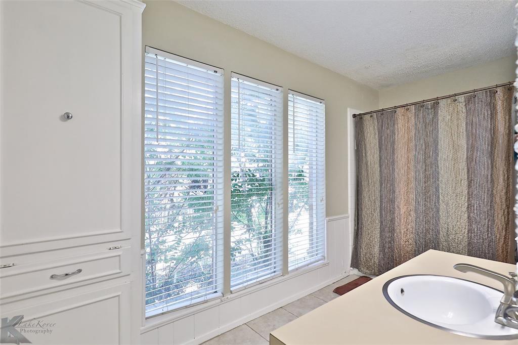 Sold Property | 20 Lawrence  Circle Abilene, TX 79605 16