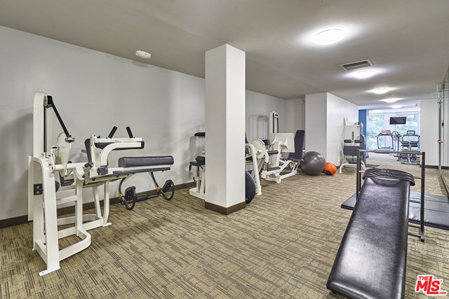Active | 800 W 1St  Street #2206 Los Angeles, CA 90012 36