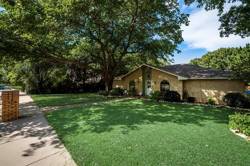 Sold Property | 1361 Juniper Lane Lewisville, Texas 75077 3