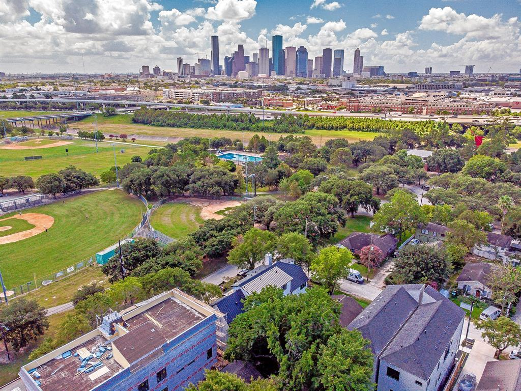 Active | 1030 Voight  Street Houston, TX 77009 7