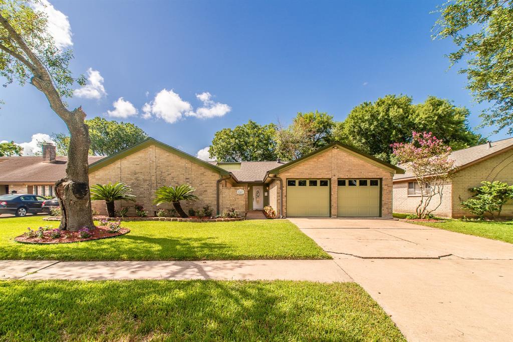 Active | 9207 Benning  Drive Houston, TX 77031 7