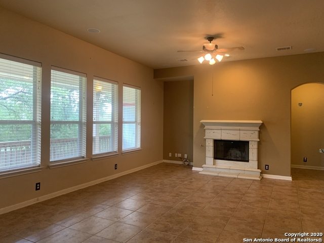 Active/Application Received | 23542 SEVEN WINDS San Antonio, TX 78258 12