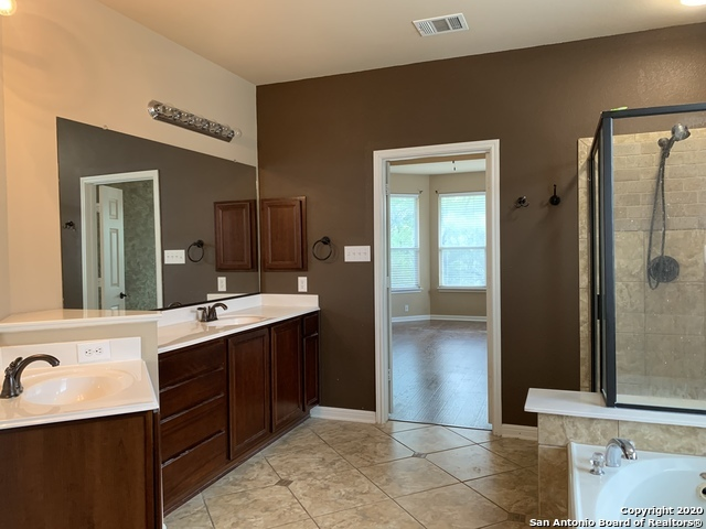Active/Application Received | 23542 SEVEN WINDS San Antonio, TX 78258 16