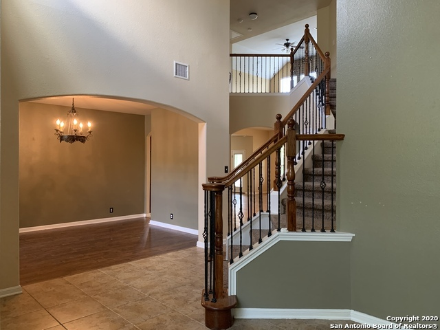 Active/Application Received | 23542 SEVEN WINDS San Antonio, TX 78258 3