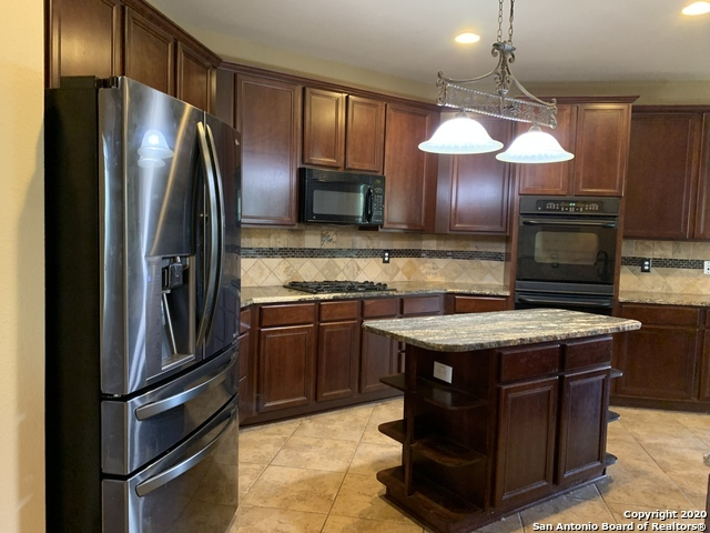 Active/Application Received | 23542 SEVEN WINDS San Antonio, TX 78258 5