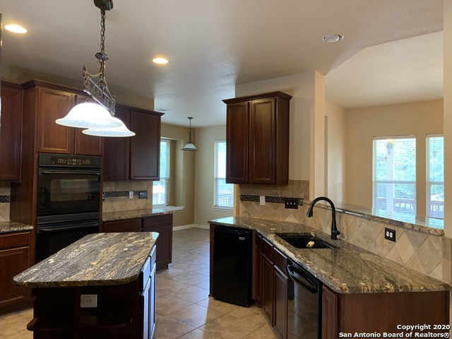 Active/Application Received | 23542 SEVEN WINDS San Antonio, TX 78258 6