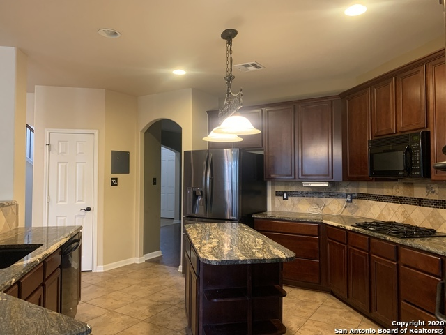 Active/Application Received | 23542 SEVEN WINDS San Antonio, TX 78258 7