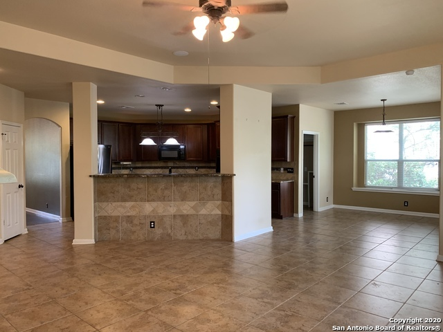 Active/Application Received | 23542 SEVEN WINDS San Antonio, TX 78258 9