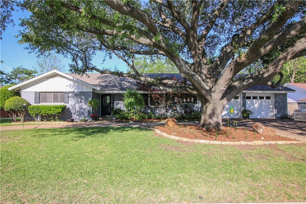 Sold Property | 3100 Phoenix Drive Fort Worth, Texas 76116 0