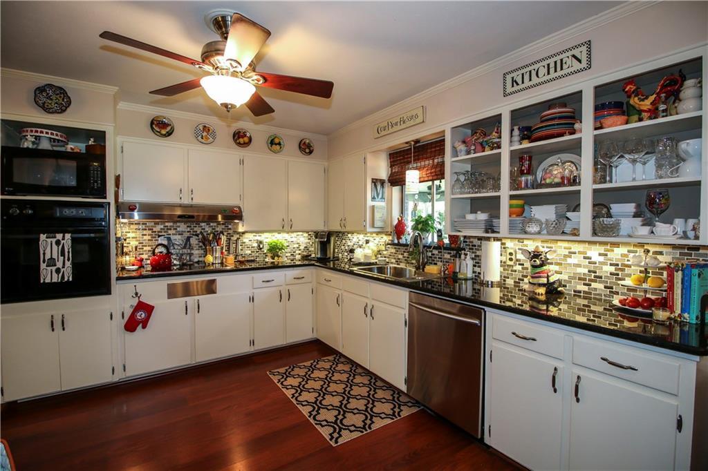 Sold Property | 3100 Phoenix Drive Fort Worth, Texas 76116 11
