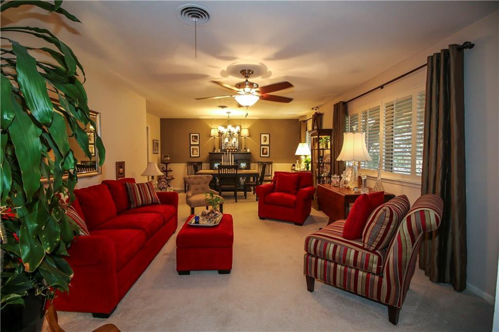 Sold Property | 3100 Phoenix Drive Fort Worth, Texas 76116 2