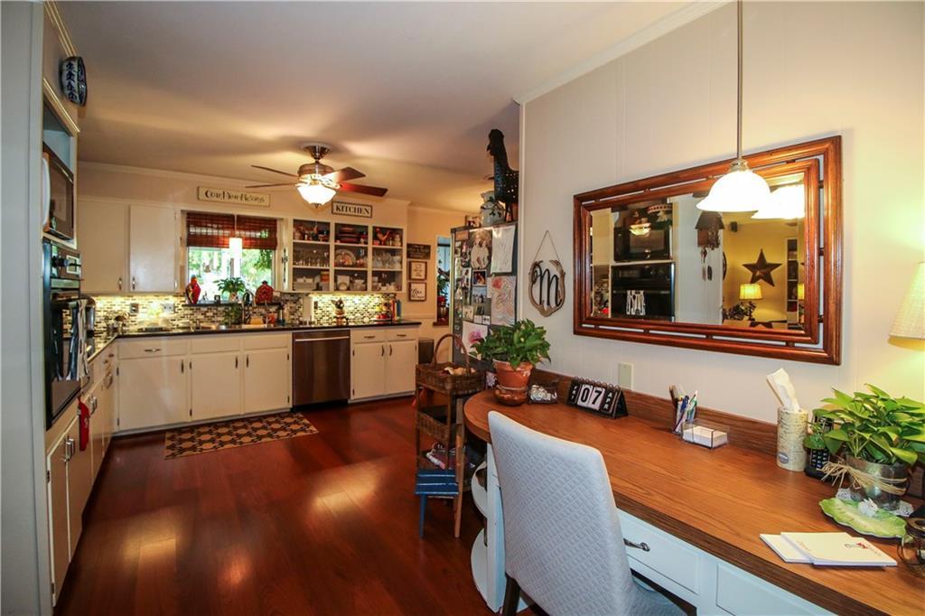 Sold Property | 3100 Phoenix Drive Fort Worth, Texas 76116 8
