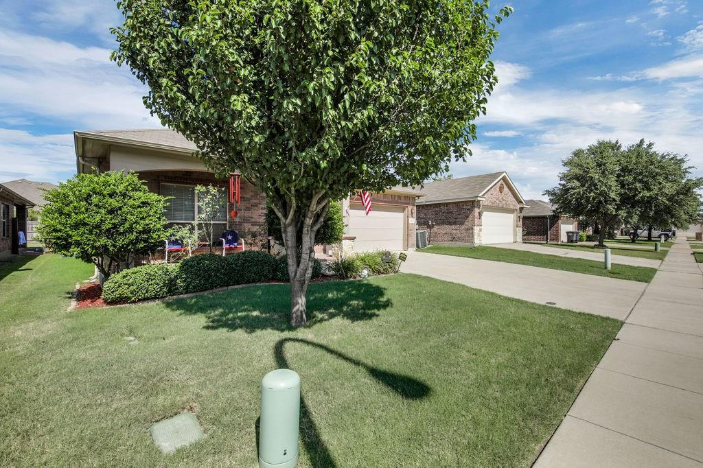 Sold Property | 8301 Water Buck Run Fort Worth, Texas 76179 2