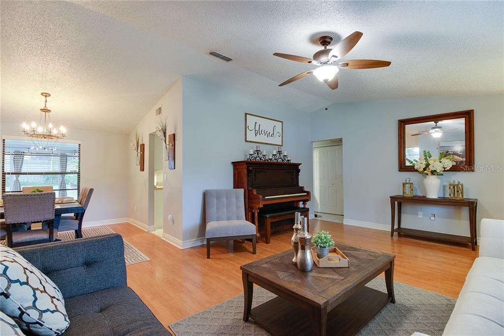 Sold Property | 1414 RUSTLING OAKS DRIVE BRANDON, FL 33510 12