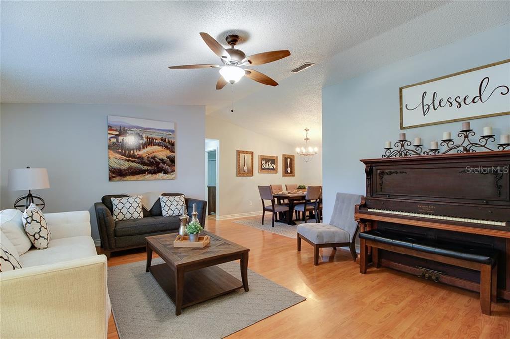 Sold Property | 1414 RUSTLING OAKS DRIVE BRANDON, FL 33510 14