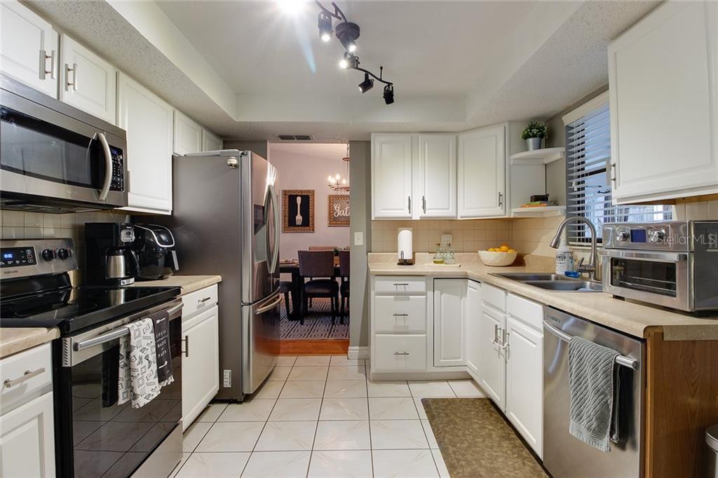 Sold Property | 1414 RUSTLING OAKS DRIVE BRANDON, FL 33510 19