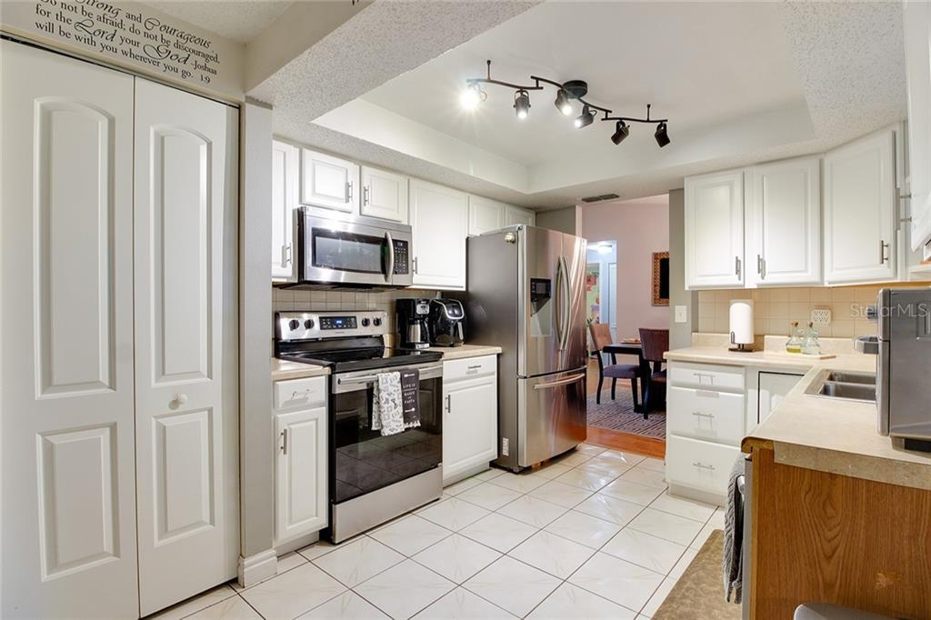 Sold Property | 1414 RUSTLING OAKS DRIVE BRANDON, FL 33510 20