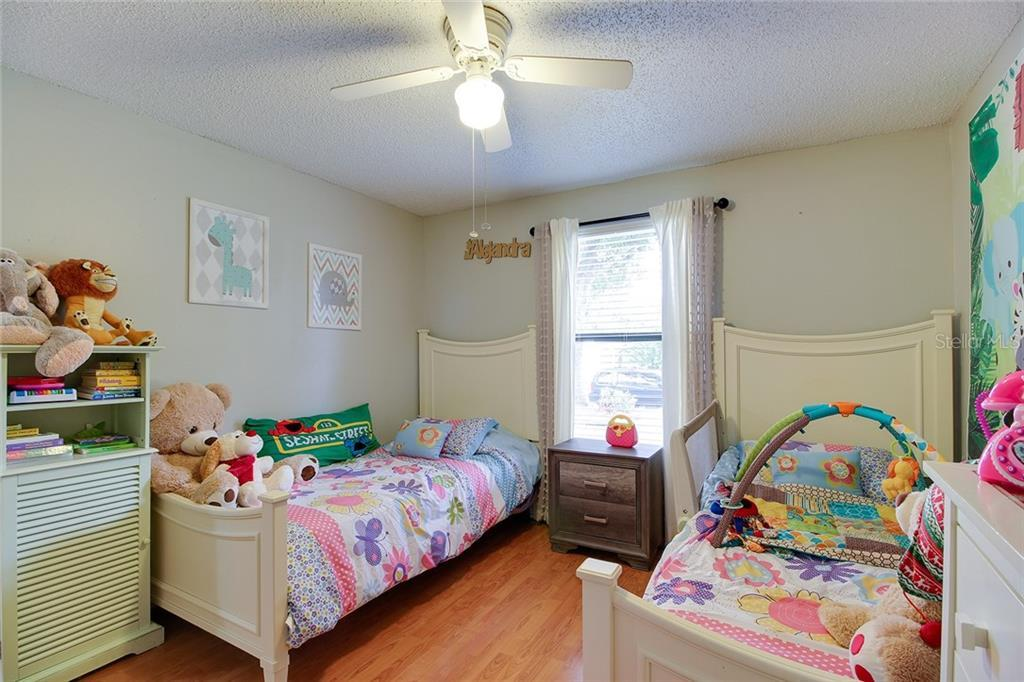 Sold Property | 1414 RUSTLING OAKS DRIVE BRANDON, FL 33510 32