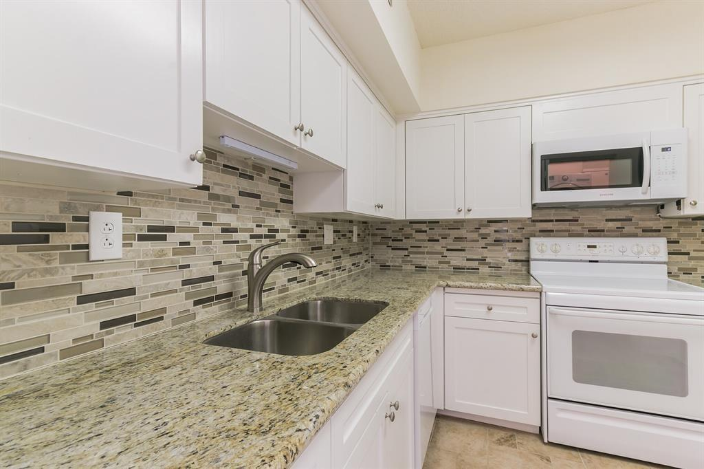 Active | 5001 Woodway Drive #202 Houston, Texas 77056 12