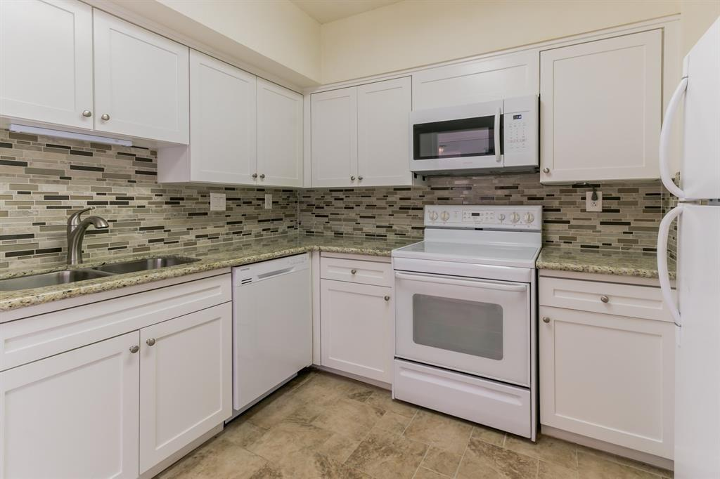 Active | 5001 Woodway Drive #202 Houston, Texas 77056 13