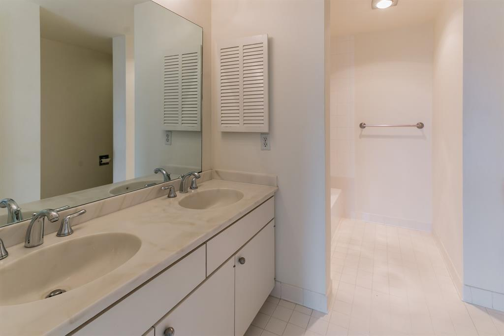 Active | 5001 Woodway Drive #202 Houston, Texas 77056 19