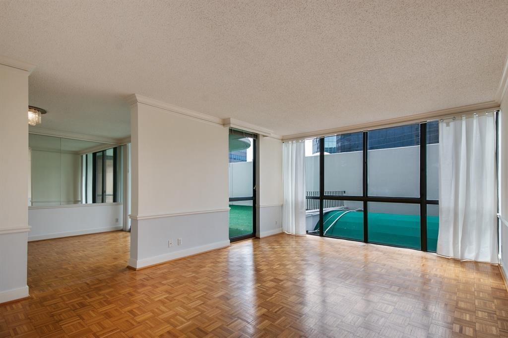 Active | 5001 Woodway Drive #202 Houston, Texas 77056 3