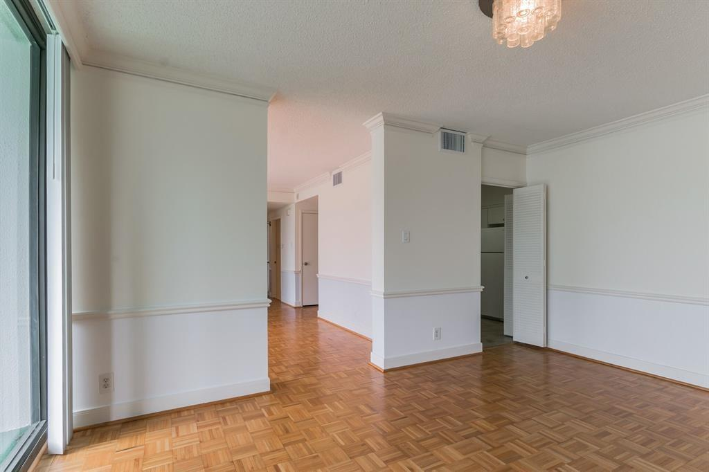 Active | 5001 Woodway Drive #202 Houston, Texas 77056 7