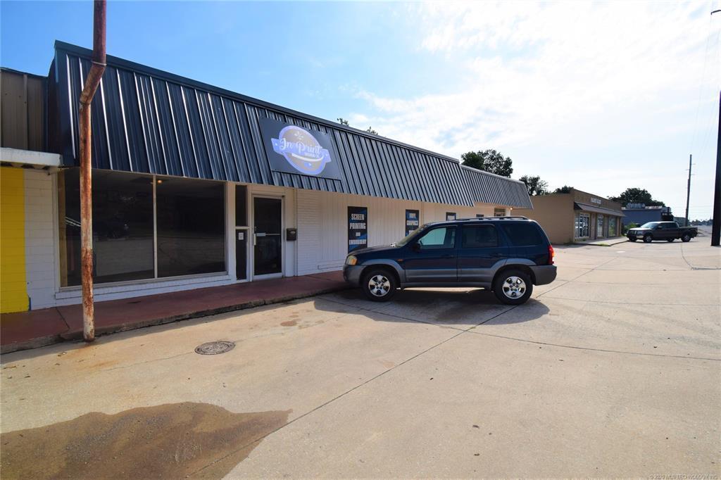 Active | 319 W Graham Avenue Pryor, Oklahoma 74361 1
