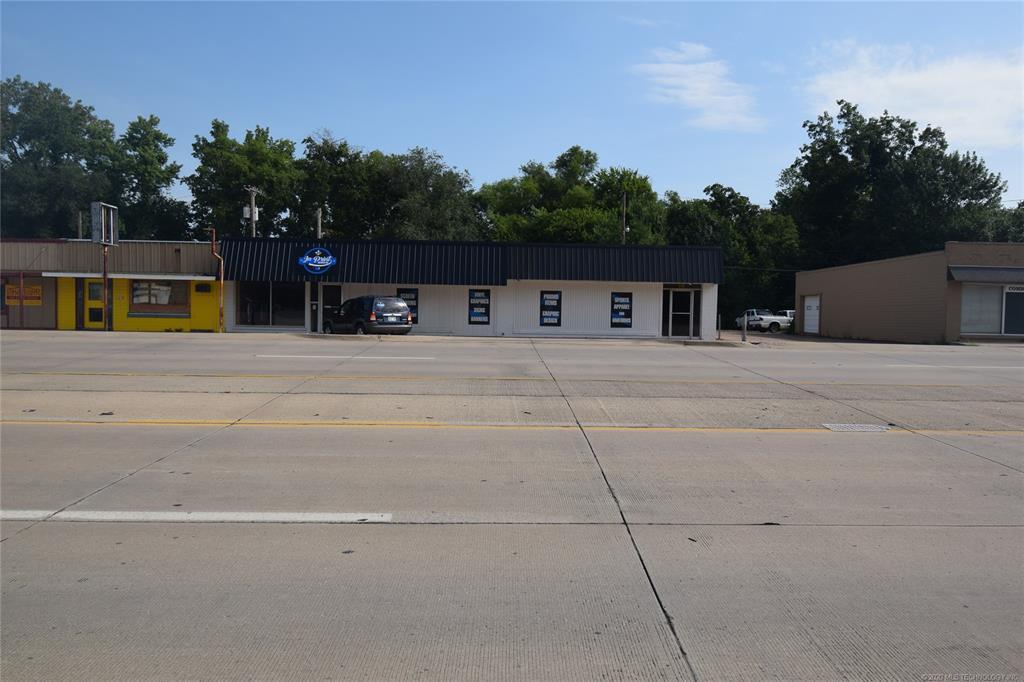 Active | 319 W Graham Avenue Pryor, Oklahoma 74361 7