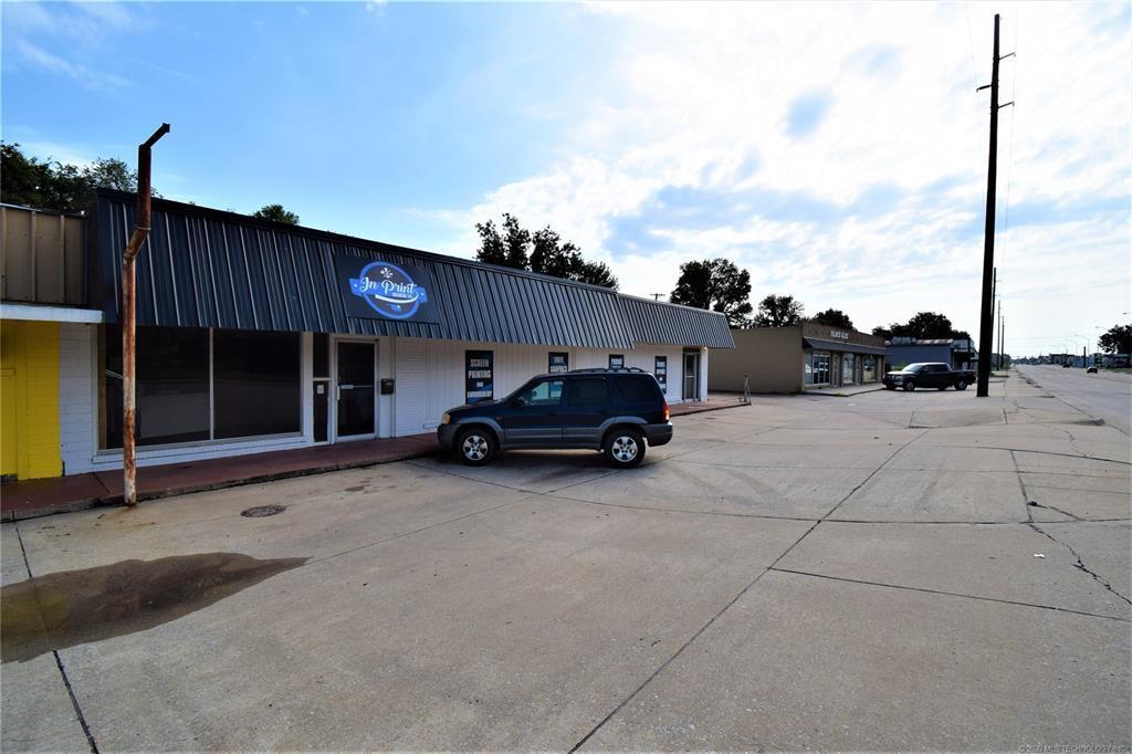 Active | 319 W Graham Avenue Pryor, Oklahoma 74361 8