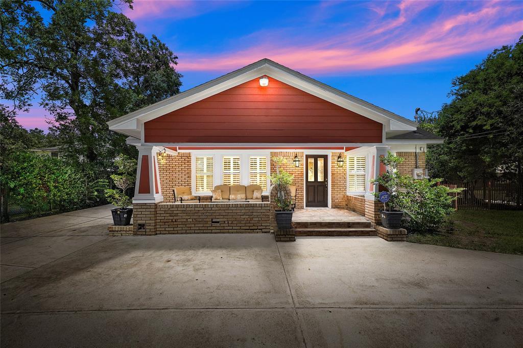 Active   226 Delmar Street Houston, Texas 77011 0