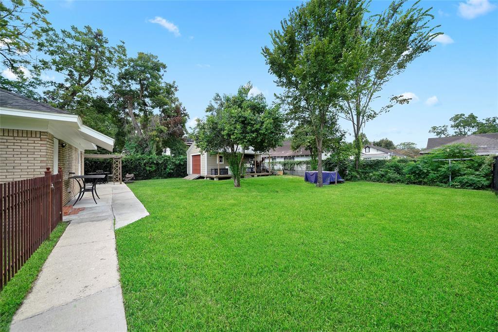 Active   226 Delmar Street Houston, Texas 77011 28