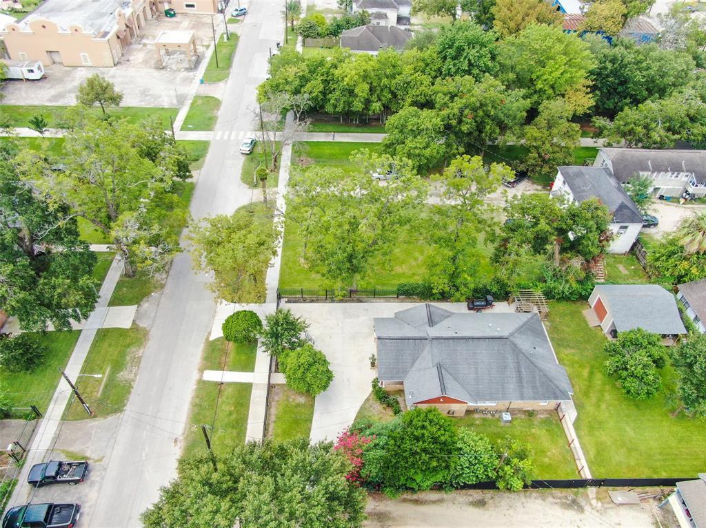 Active   226 Delmar Street Houston, Texas 77011 6