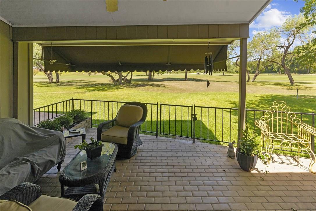 Active Under Contract | 4613 Pinehurst  Drive Austin, TX 78747 21