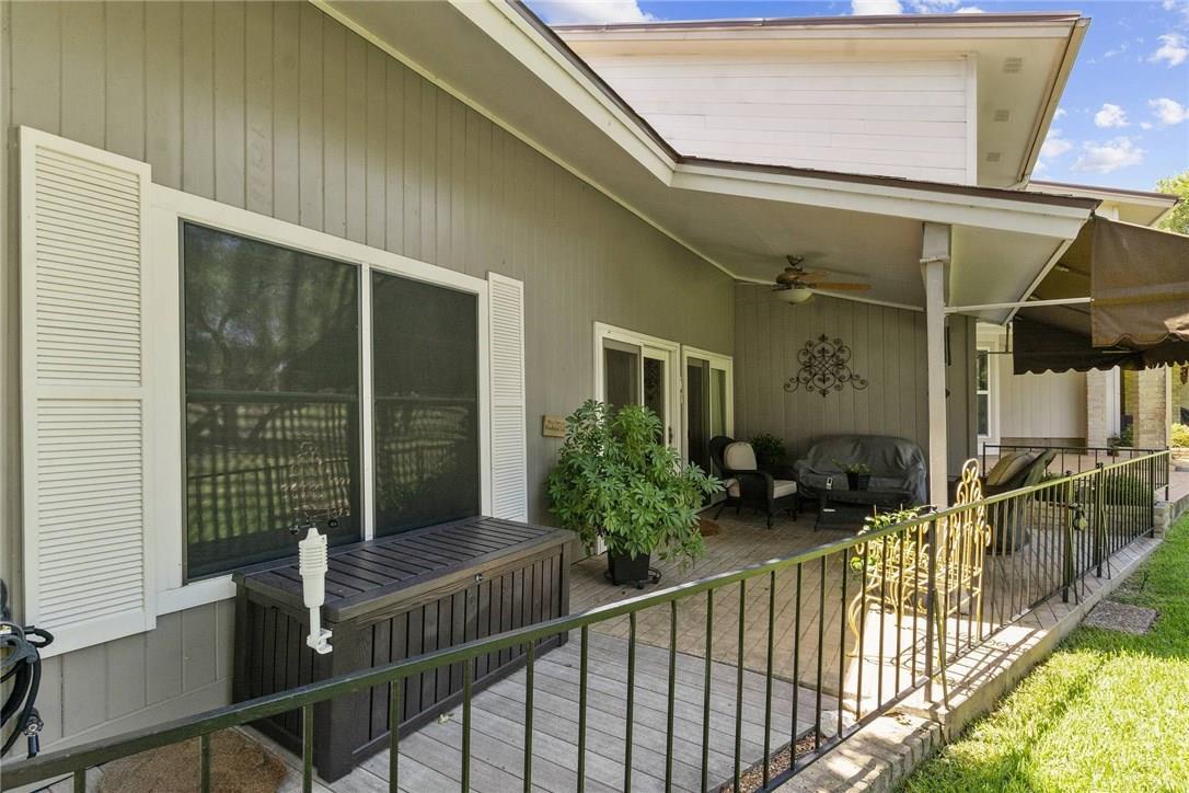 Active Under Contract | 4613 Pinehurst  Drive Austin, TX 78747 23