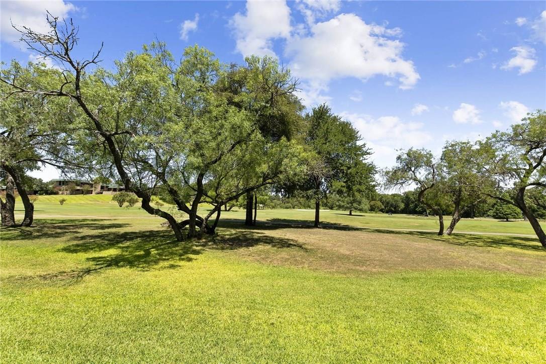 Active Under Contract | 4613 Pinehurst  Drive Austin, TX 78747 24