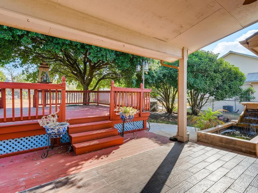 Pending | 303 Bridget  Drive Marble Falls, TX 78654 11